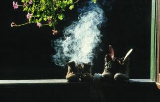 1.Rauchende_Schuhe_001